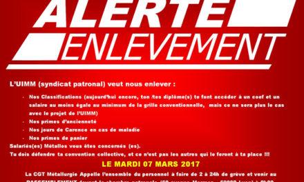 USTM Rhône | manifestation devant l'UIMM le 7 mars 2017