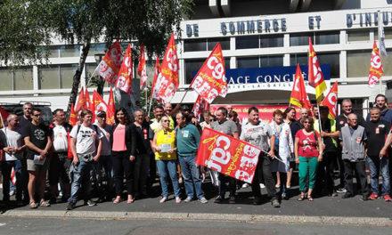 Rassemblement pour une convention collective nationale en Corrèze